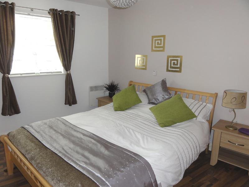 Serviced accommodation includes change of bed linen