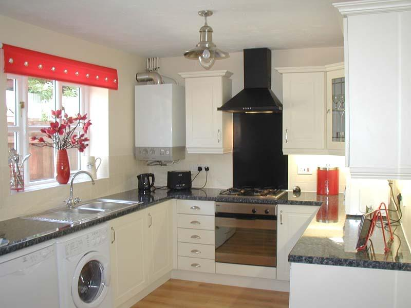 Fully equipped kitchen with everything a family needs for a self catering holiday in Chester